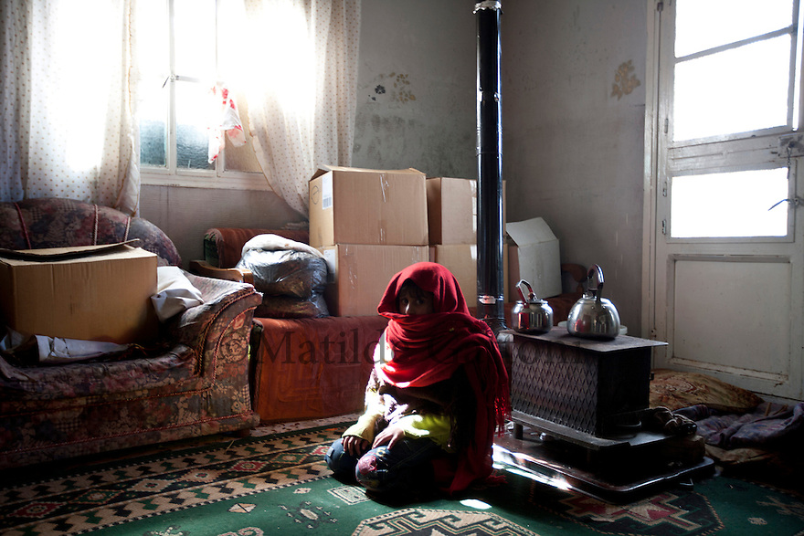 Lebanon - Jdeideh - Nour, a 5 year old girl from Al Qusair escaped Syria 4 days ago with her mother and brothers after having lived almost 3 months in an undeground cave away from the shellings. She is now hosted by a lebanese family. Nour is still psychologically traumatized by the war, everytime she hears the bell ringing or someone knocking at the dorr she starts panicking and crying thinking that the Syrian Army is here to get her.