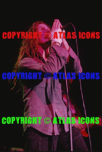PEARL JAM:  Eddie Vedder; Live, In New York City, On November 11- 15 , 1991.Photo Credit: Eddie Malluk/Atlas Icons.com