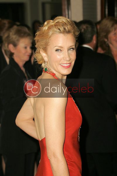 Felicity Huffman<br />arriving at the 2006 Producers Guild Awards, Universal Hilton Hotel, Universal City, CA 01-22-06<br />Dave Edwards/DailyCeleb.com 818-249-4998