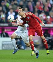 FUSSBALL   1. BUNDESLIGA  SAISON 2011/2012   31. Spieltag FC Bayern Muenchen - FSV Mainz 05       14.04.2012 Radoslav Zabavnik (li, 1. FSV Mainz 05) gegen Arjen Robben (FC Bayern Muenchen)