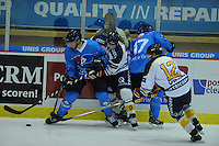 IJSHOCKEY: HEERENVEEN: 27-09-2014, Unis Flyers - Tilburg Trappers, uitslag 2-4, Inzet de Ron Bertelingschaal, ©foto Martin de Jong