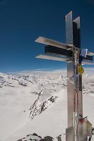 Cross on the summit of Strahlhorn