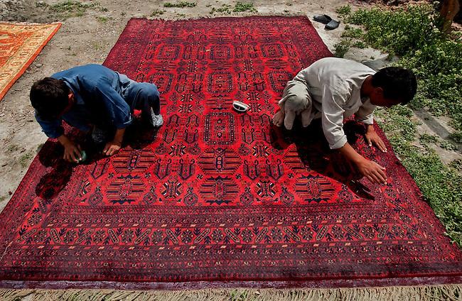 Arzu Rugs Kabul Afghanistan Weavers Dye Carpets Wool