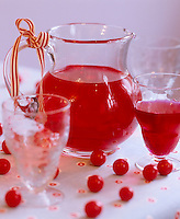 Cranberry juice seems to be the perfect accompaniment for this red themed Christmas table