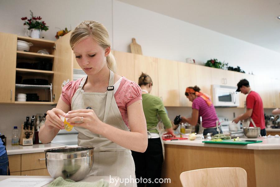 0607-12 JFSB Cooking Lab..JFSB Room B 061 - Cooking Lab..July 12, 2006..Photo by Jaren Wilkey/BYU..Copyright BYU Photo 2006.All Rights Reserved.photo@byu.edu    (801)422-7322