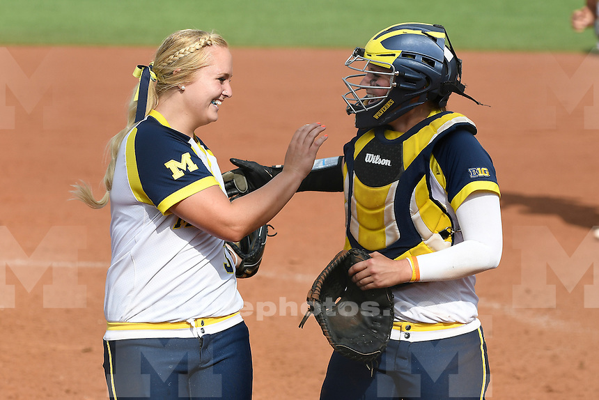 Michigan defeats Missouri, 5-3, in game one of best of three series of the NCAA Super Regional at UM's Alumni Field.