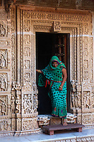 Jain Temple: There are 7 beautifully carved temples built inside the fort walls. These temples were built in between from 12th century to 15th century. All the temples are connected by walkways and corridors.