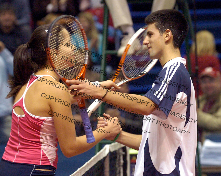 Tennis, Egzibicioni mec<br /> Novak Djokovic Vs. Ana Ivanovic<br /> Beograd, 11.13.2005.<br /> foto: Srdjan Stevanovic
