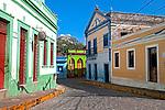 Casas em arquitetura colonial no Quatro Cantos em Olinda. Pernambuco. 2014. Foto de Joao Urban.
