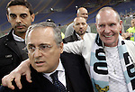 Calcio, Europa League Gruppo J: Lazio vs Tottenham Hotspur. Roma, stadio Olimpico, 22 novembre 2012..Lazio president Claudio Lotito, left, and former player Paul Gascoigne, of Britain, greet fans prior to the start of the Europa League Group J football match between Lazio and Tottenham Hotspur at Rome's Olympic stadium, 22 November 2012..UPDATE IMAGES PRESS/Riccardo De Luca