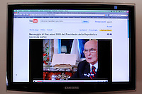 Messaggio di fine anno 2009 del Presidente della Repubblica,Giorgio Napolitano, trasmesso da You Tube...