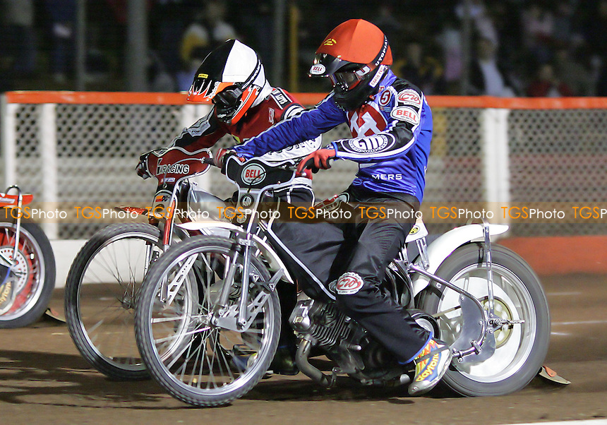 Arena Essex Hammers vs Peterborough Panthers - Elite League Knockout Cup 1st Round, 1st Leg 31/03/06 - Heat 7 - Arena's Joonas Kylmakorpi (red) gates ahead of Jesper B Jensen - (Gavin Ellis 2006)
