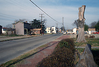 1989 February 03..Conservation.Berkley 3....Berkley Avenue Extended.need fpr street lights, trees...NEG#.NRHA#..