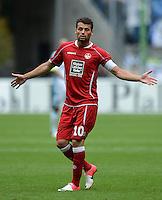 Fussball 2. Bundesliga:  Saison   2012/2013,    3. Spieltag  1. FC Kaiserslautern - TSV 1860 Muenchen   26.08.2012 Albert Bunjaku (1. FC Kaiserslautern)