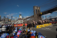 "Pople watch Elephants during ""Jumbo's coming to DUMBO"" where Asian Elephants dance in a party at brooklyn bridge to commemorate its inaugural show in Brooklyn. Photo by Eduardo Munoz Alvarez / VIEWpress."