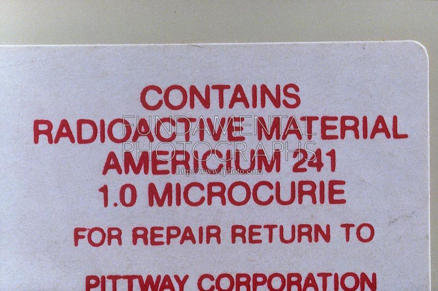 SMOKE DETECTOR<br /> Radioactive Material<br /> Label on smoke detector