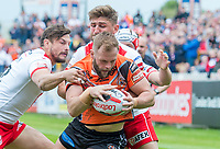 Picture by Allan McKenzie/SWpix.com - 13/05/2017 - Rugby League - Ladbrokes Challenge Cup - Castleford Tigers v St Helens - The Mend A Hose Jungle, Castleford, England - Paul McShane.