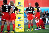 Charlie Hodgson of Saracens looks dejected after his team concede an early try. Aviva Premiership match, between Saracens and Bath Rugby on January 30, 2016 at Allianz Park in London, England. Photo by: Patrick Khachfe / Onside Images