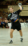 Handball Maenner 1. Bundesliga 2002/2003 Goeppingen (Germany) FrischAuf! Goeppingen - SG Wallau/Massenheim Christian Rose (Wallau) beim Siebenmeter