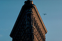 THE FLATIRON BUILDING, New York City, New York, designed by.Daniel H. Burnham & Co. in 1902, in the Rain
