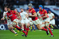 Jonathan Davies of Wales goes on the attack. RBS Six Nations match between England and Wales on March 12, 2016 at Twickenham Stadium in London, England. Photo by: Patrick Khachfe / Onside Images