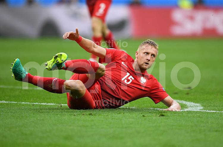 FUSSBALL EURO 2016 GRUPPE C IN PARIS Deutschland - Polen    16.06.2016 Kamil Glik (Polen)