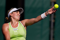 Bethanie MATTEK-SANDS (USA)  against Timea BACSINSZKY (SUI) in the first round. Bacsinszky beat Mattek-Sands 6-4 6-4..International Tennis - 2010 ATP World Tour - Sony Ericsson Open - Crandon Park Tennis Center - Key Biscayne - Miami - Florida - USA - Wed 24 Mar 2010..© Frey - Amn Images, Level 1, Barry House, 20-22 Worple Road, London, SW19 4DH, UK .Tel - +44 20 8947 0100.Fax -+44 20 8947 0117