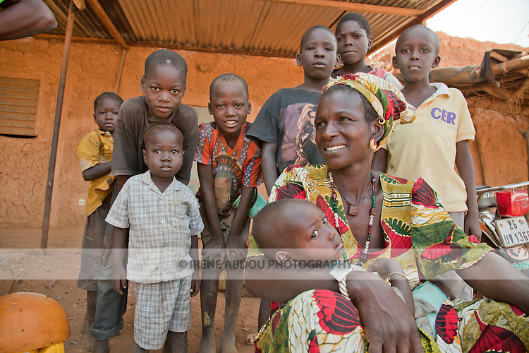 Women and children in the market in Djibo, northern Burkina Faso.