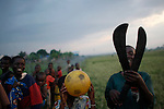 © Remi OCHLIK/IP3, Kiwanja, Republique Democratique du Congo, le 24 novembre 2008 - Camp de refugies de Kiwanja - Camps de refugies de Kiwanja a la tombee de la nuit...Kiwanja refugees camps a the fall of the day...