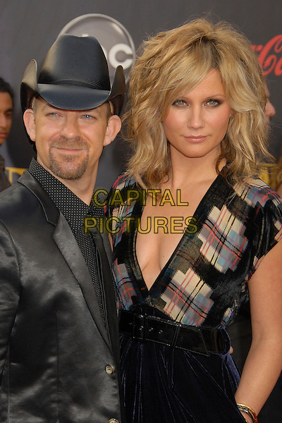 KRISTIAN BUSH & JENNIFER NETTLES OF SUGARLAND.2007 American Music Awards at the Nokia Theatre LA Live, Los Angeles, California, USA..November 18th, 2007.half length black hat jacket dress blue velvet tartan plaid goatee facial hair .CAP/ADM/BP.©Byron Purvis/AdMedia/Capital Pictures.