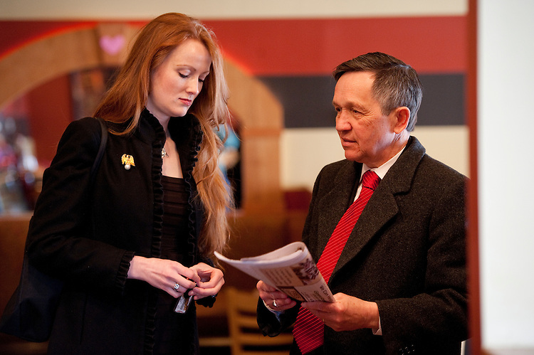 UNITED STATES - FEBRUARY 13:  Elizabeth Kucinich, and her husband Rep. Dennis Kucinich, D-Ohio, prepare to leave a restaurant in Lakewood, Ohio, after and interview.  Kucinich and Rep. Marcy Kaptur, D-Ohio, are running for the OH-09 seat after the state lost two seats due to reapportionment.  (Photo By Tom Williams/CQ Roll Call)
