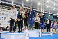 SCHAATSEN: HEERENVEEN: 03-02-2017, KPN NK Junioren, Podium Junioren A, 500m, Thijs Govers, Jutta van Leerdam, Isabelle van Elst, Niek Deelstra, Joy Beune, Joost van Dobbenburgh, ©foto Martin de Jong
