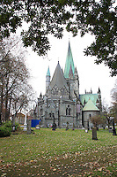 Nidarosdomen, Nordens største middelalderkirke. The cathedral of Trondheim is the biggest medieaval church in Scandinavia.