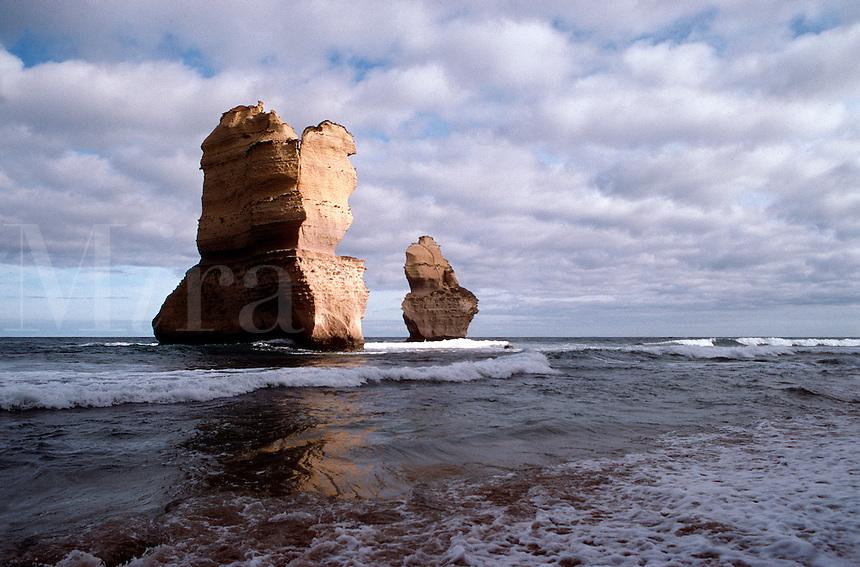 Twelve Apostles, Port Campbell, Victoria, Australia.