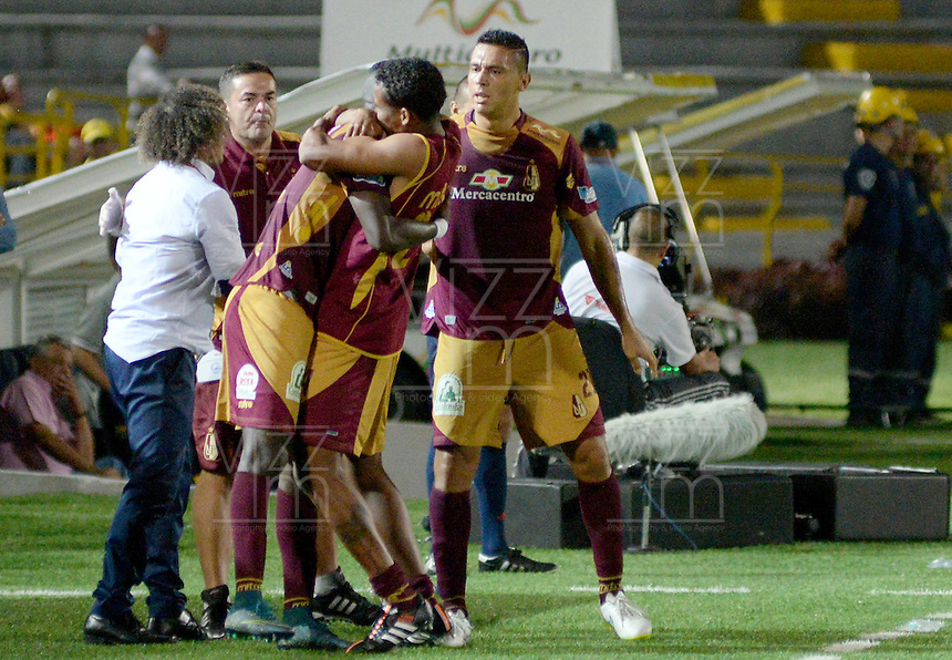 IBAGUÉ -COLOMBIA, 15-01-2015. Marco Perez jugador de Deportes Tolima celebra después de anotar un gol a Atlético Huila durante partido por la fecha 10 de la Liga Aguila I 2016 jugado en el estadio Manuel Murillo Toro de la ciudad de Ibagué./ Marco Perez player of  Deportes Tolima celebrates after scoring a goal to Atletico Huila during the match for the date 10 of the Aguila League I 2016 played at Manuel Murillo Toro stadium in Ibague city. Photo: VizzorImage / Juan Carlos Escobar / Str