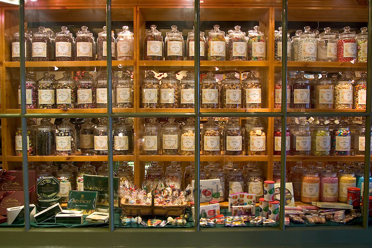 Old fashioned sweet shop with candy in glass jars in Burford, Oxfordshire, United Kingdom