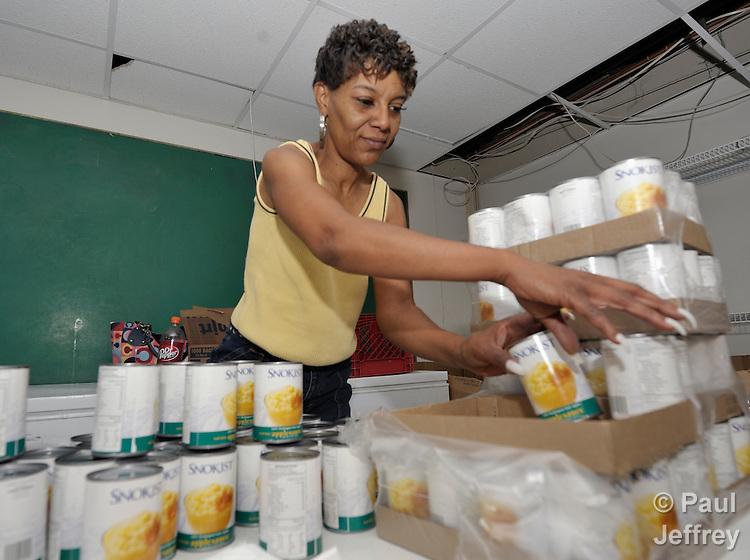 Food Pantry Volunteer St Louis