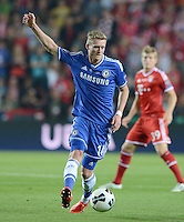 FUSSBALL  SUPERCUP  FINALE  2013  in Prag    FC Bayern Muenchen - FC Chelsea London          30.08.2013 Andre Schuerrle (FC Chelsea) Einzelaktion am Ball