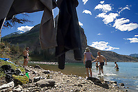 The Highline trail, Alberta and British Columbia, Canada, August 2008. After a long hike we take a refreshing dip in Sunburst Lake. The Banff Highline trail can be hiked in 7 days and runs through Banff National park as well as Assiniboine Provincial park. Photo by Frits Meyst/Adventure4ever.com