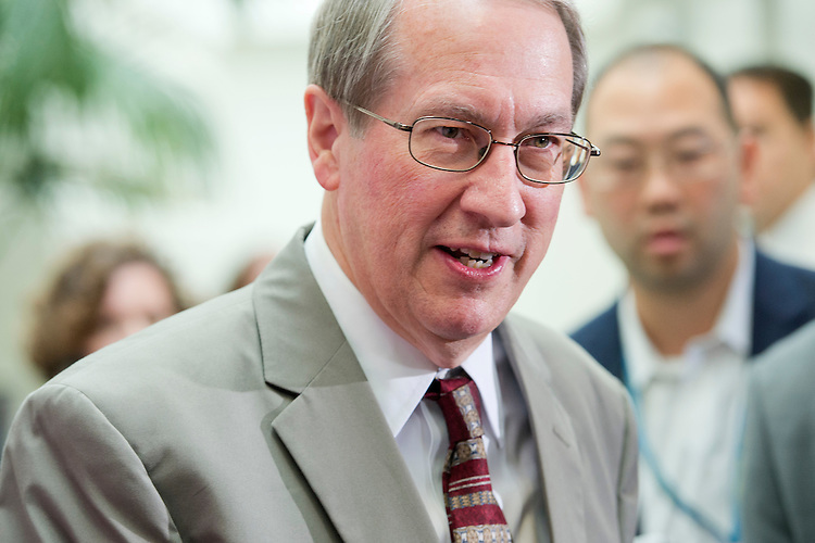UNITED STATES - SEPTEMBER 25: Rep. Bob Goodlatte, R-Va., leaves a meeting of House Republicans in the Capitol, September 25, 2015, after Speaker John A. Boehner, R-Ohio, announced he will resign from Congress at the end of October. (Photo By Tom Williams/CQ Roll Call)