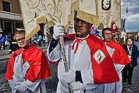 Roma 5 Aprile 2014 <br />  Via Crucis in onore del Beato Papa Giovanni Paolo II dalla Parrocchia di San Salvatore in Lauro  fino alla Basilica di San Pietro.<br /> Rome 5 April 2014<br /> Via Crucis in honor of Blessed Pope John Paul II by the Parish of San Salvatore in Lauro to the Basilica of St. Peter.
