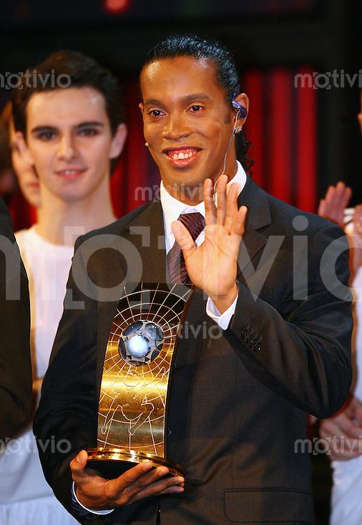 Fussball International FIFA Weltfussballer 2005 Weltfussballer Ronaldinho (BRA)
