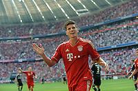 Fussball Bundesliga Saison 2011/2012 3. Spieltag FC Bayern Muenchen - Hamburger SV Mario GOMEZ (FCB) jubelt nach seinem Tor zum 4:0.