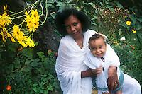 Madri e figli.Mothers and children....