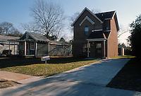 1989 January 18..Scattered Sites Transitional...Filbert Street final...NEG#.NRHA#..