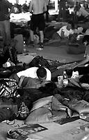 G8  Genova  Luglio 2001.Stadio Carlini   sede del movimento dei Disobbedienti.Due ragazzi si baciano