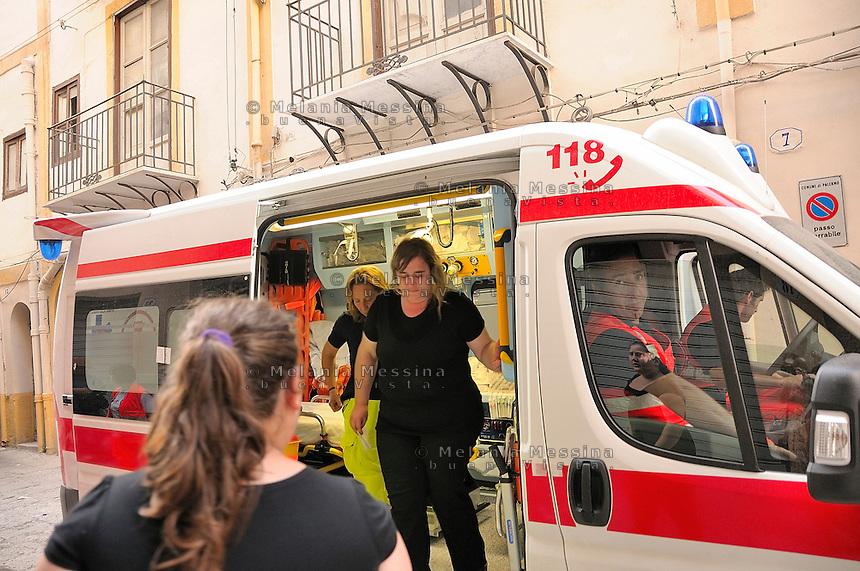 Palermo, sgomberi delle famiglie senza tetto.<br /> Palermo, eviction of homeless families