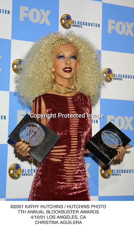 ©2001 KATHY HUTCHINS / HUTCHINS PHOTO.7TH ANNUAL BLOCKBUSTER AWARDS.4/10/01 LOS ANGELES, CA.CHRISTINA AGUILERA