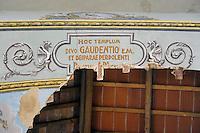 La chiesa di San Gaudenzio è stata completamente ristrutturata ed affrescata nel 1942, da un detenuto della colonia penale.Nel 2003 c'è stato il crollo della volta.Pianosa Island. The church of San Gaudenzio...