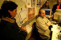 Roma  4 Febbraio 2005.Conferenza stampa nelle sede del giornale Il Manifesto,in  via Tomacelli, per il rapimento di Giuliana  Sgrena  inviata del giornale in Iraq. Gabriele Polo, direttore del Il Manifesto.